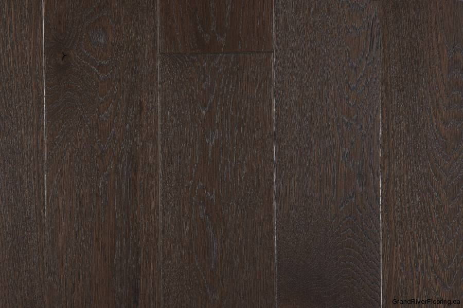 Dark tones superior hardwood flooring wood floors for Oak wood flooring