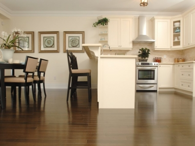 Need hardwood flooring in your Kitchener kitchen? Contact Grand River Flooring at 519-993-3269.
